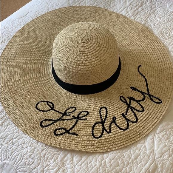 """Off Duty"" sun hat. M 5c3e1d0304e33d4d3e338fd7 a4ae145e567"